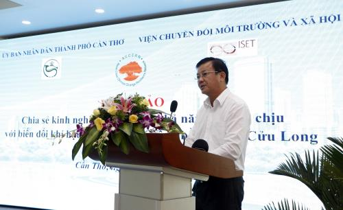 Mr. Dao Anh Dung, Vice President of Can Tho PC delivered a speech at the workshop. (Photo: Thanh Liem/TTXVN)