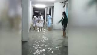 Trận lụt diễn ra ở nhiều nơi tại Sài Gòn (Thanh Nien News)
